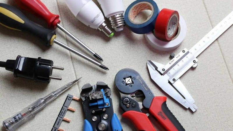 Insight On The Top Things To Check Prior To Hiring An Electrician