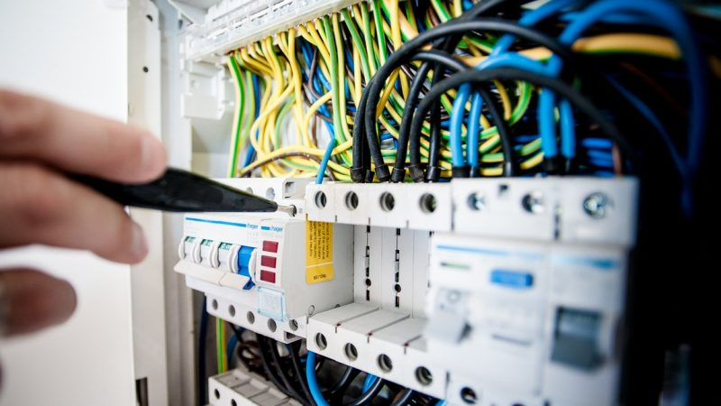 Home Electrical – Crucial Steps To Take Before Calling A Professional