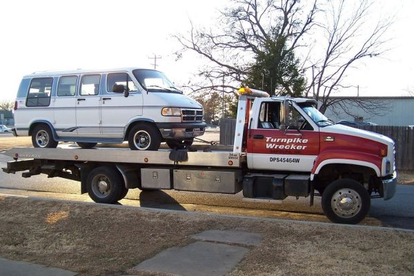 Insight on Finding Excellent Towing Services Online – Facts to Keep in Mind
